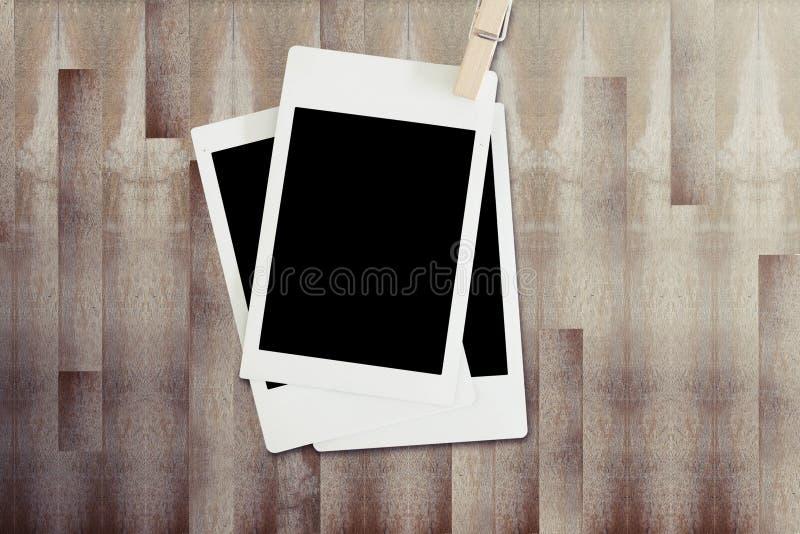 Download Polariod框架3 库存图片. 图片 包括有 装饰, 人造偏光板, 内存, 照片, 图象, 框架, 乡情 - 59108005