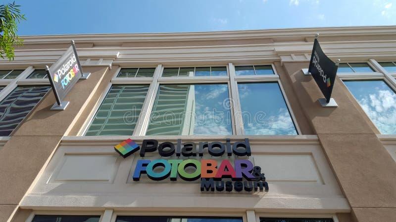 Polariod Fotobar e segno del museo fotografia stock libera da diritti