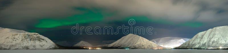 Polaris en de wolken van de dageraad royalty-vrije stock foto