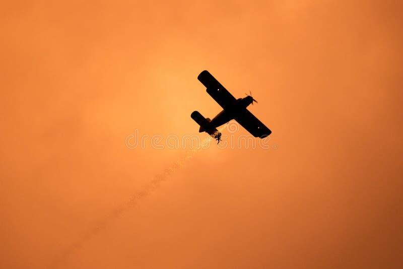 POLARISATION internationale de salon de l'aéronautique de Bucarest, avion d'Antonov AN2 de la force roumaine de club d'air photographie stock