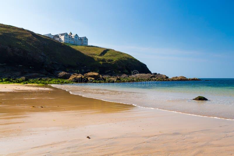 Poldhu liten vik Cornwall England royaltyfri fotografi