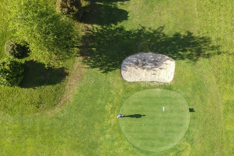Pole golfowe widok z lotu ptaka zieleń obrazy royalty free