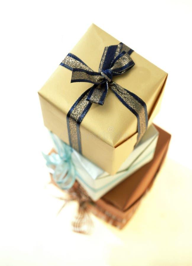 Download Pole prezent obraz stock. Obraz złożonej z papier, pudełko - 126337