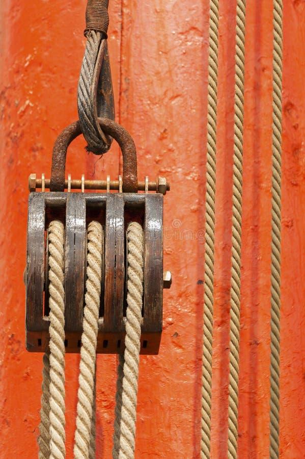 Polea de madera imagen de archivo libre de regalías