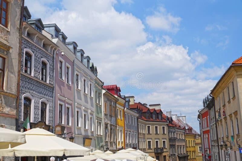 polen Mening van één van de historische straten van oud Lublin ci stock afbeelding