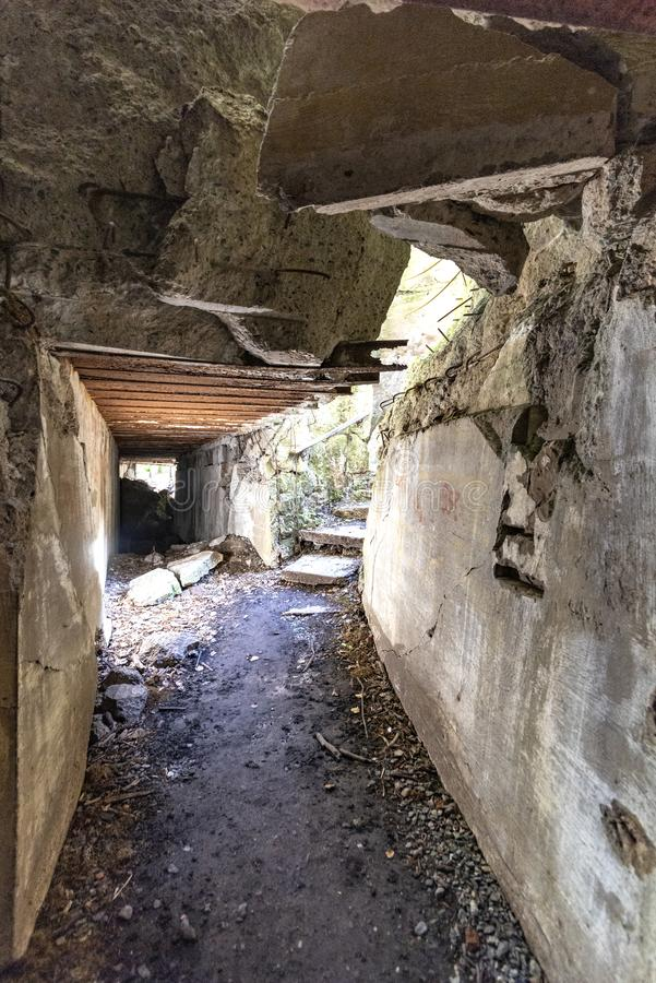 Polen 14-09-2018 varg, s Lair Hitler, s-bunker Ketrzyn, den Polen sikten av den personliga bunker inom nu fördärvar av Adolf Hitl arkivfoto