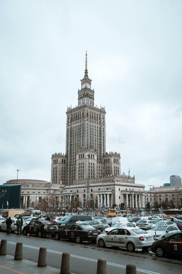 Polen, Warshau - 02 01 2019: Paleis van Cultuur en Wetenschap in Warshau stock foto's
