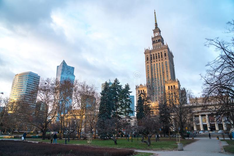 Polen, Warshau - 02 01 2019: Paleis van Cultuur en Wetenschap in Warshau stock afbeelding
