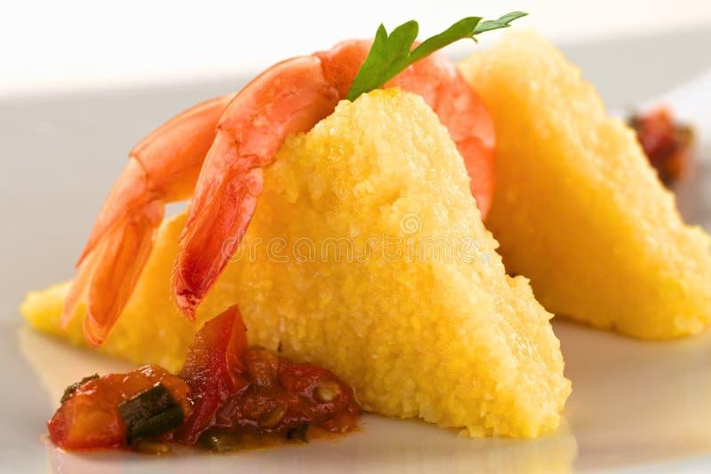 Polenta con el camarón foto de archivo libre de regalías
