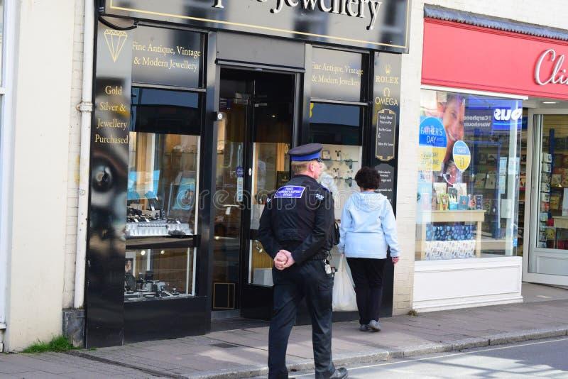 Policía de Devon y de Cornualles, PCSO imagen de archivo libre de regalías