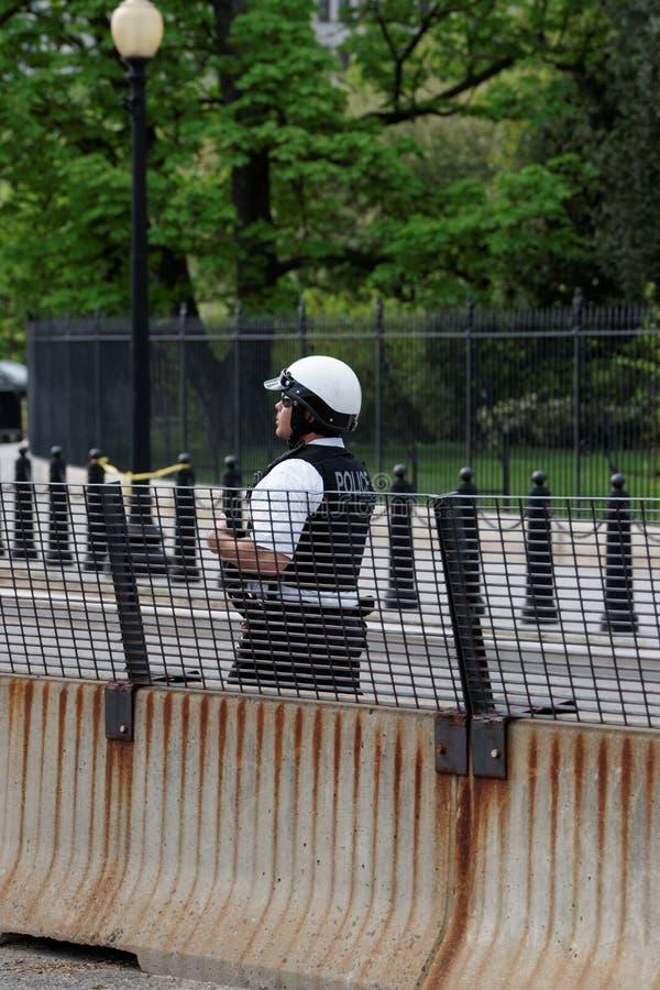 Policía en el deber en Washington DC imagenes de archivo