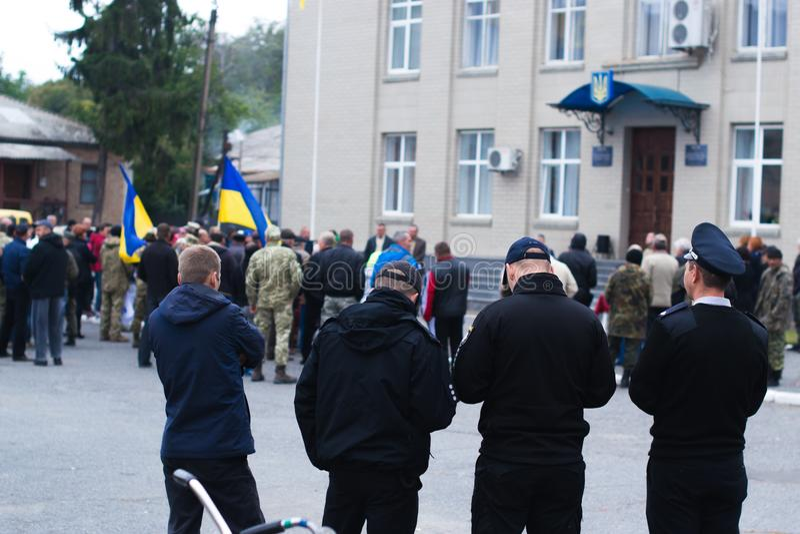 Policía para las protestas en la ciudad ucraniana el 2 de octubre de 2017 imagen de archivo libre de regalías