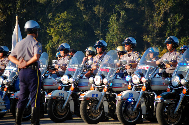 Policías del estado en las motocicletas que comienzan ceremonia foto de archivo libre de regalías