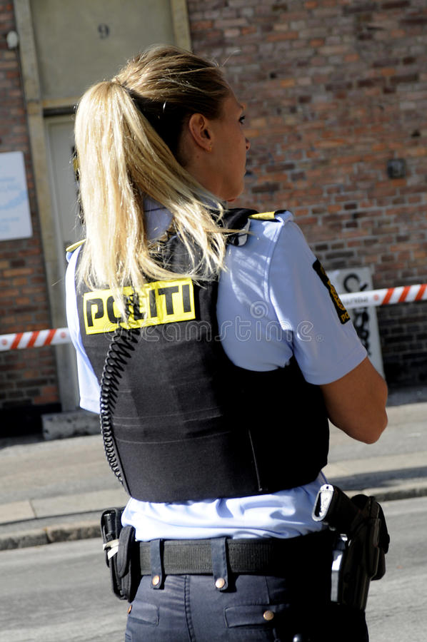 POLICE CHECKING KINIF FIGHT ON AMAGER royalty free stock image