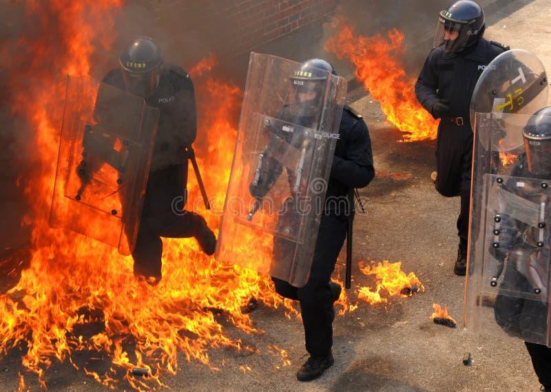 Police dans l'enfer photographie stock libre de droits