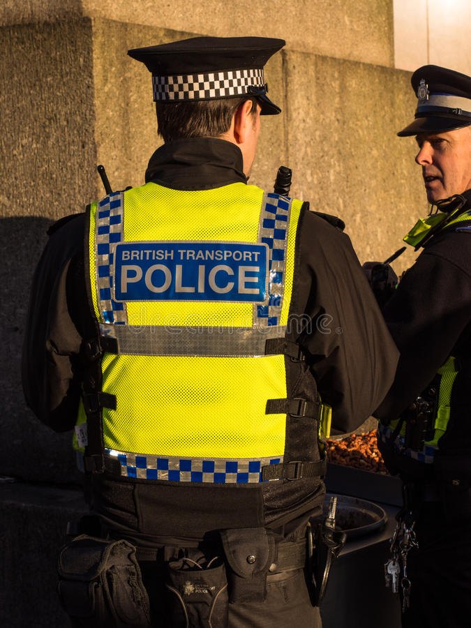Policiers de transport des Anglais photos stock