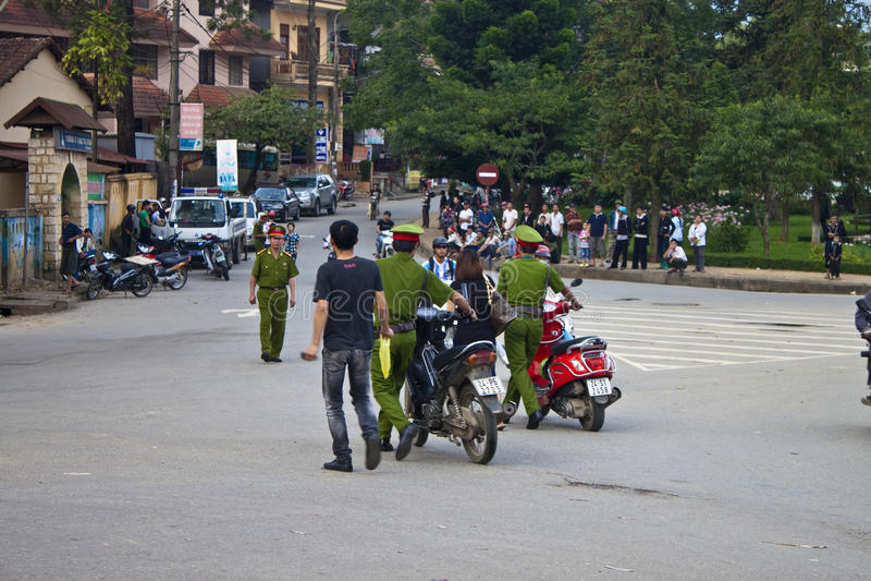 Policja catched motocykli/lów jeźdzowie zdjęcia royalty free
