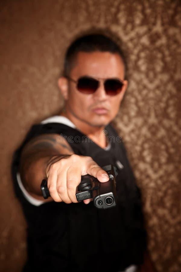 policjanta target1758_0_ armatni latynoski obraz royalty free