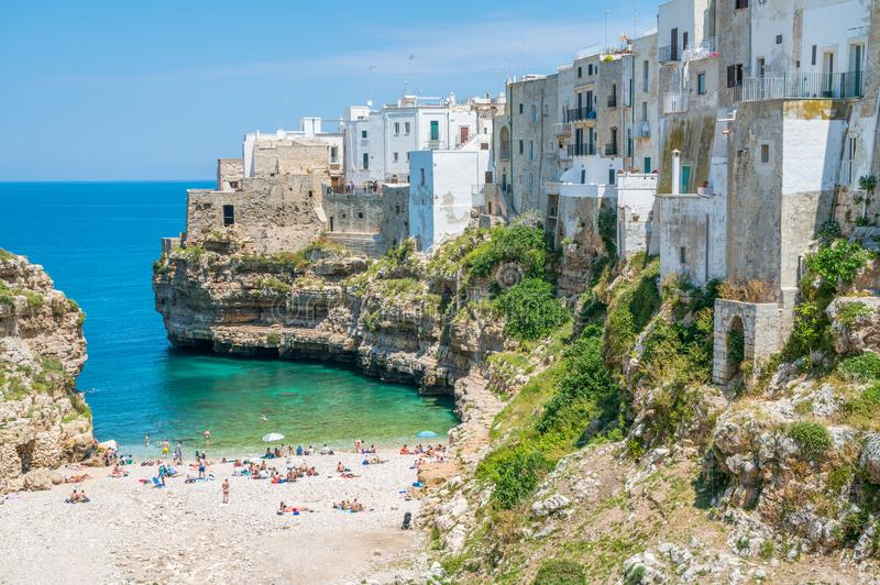Polignano en sto, Bari Province, Apulia, sydliga Italien royaltyfri fotografi