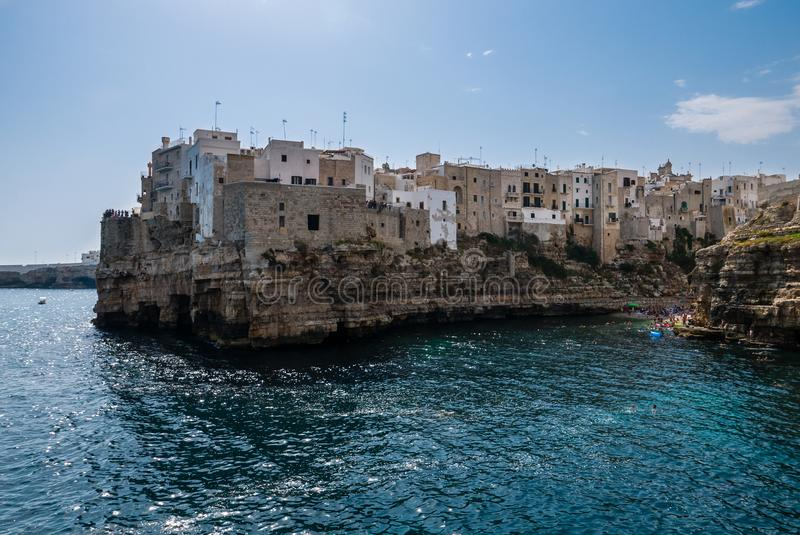 Polignano klacz, Bari prowincja, Apulia, południowy Włochy zdjęcia royalty free
