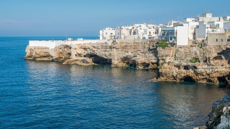 Polignano klacz, Bari prowincja, Apulia, południowy Włochy obraz royalty free