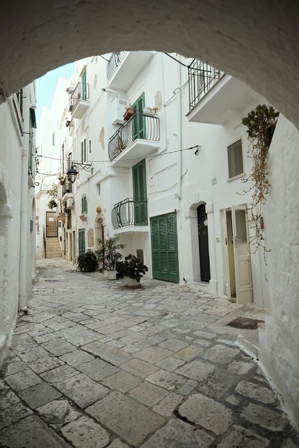 Polignano a Mare, ciudad en Italia a orillas del mar fotos de archivo libres de regalías