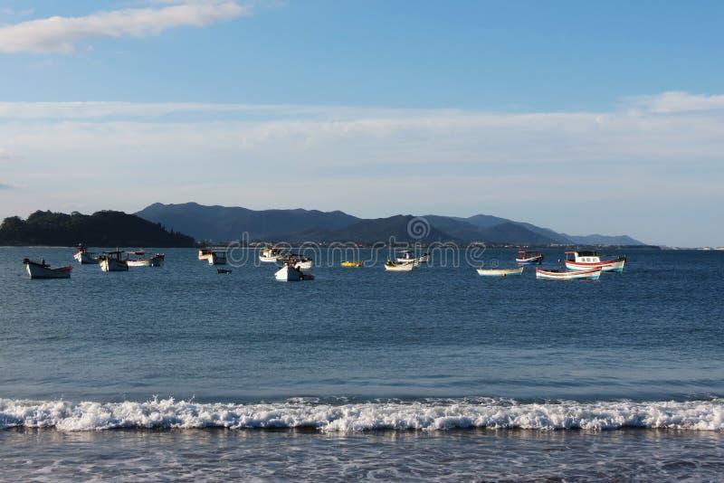 Polis do ³ do Praia a Dinamarca Armação - do FlorianÃ, Santa Catarina - Brasil fotografia de stock