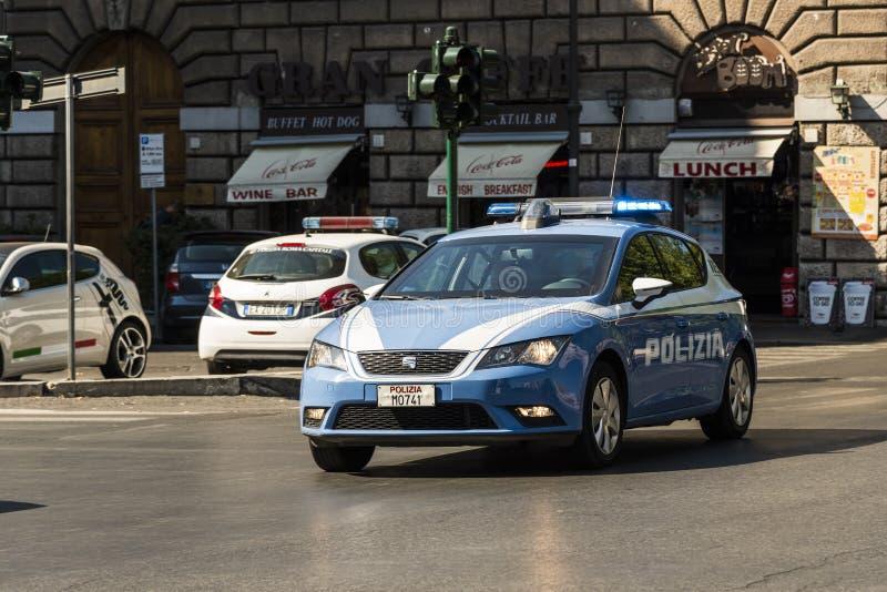 Polisbil på nöd- Rome royaltyfri fotografi