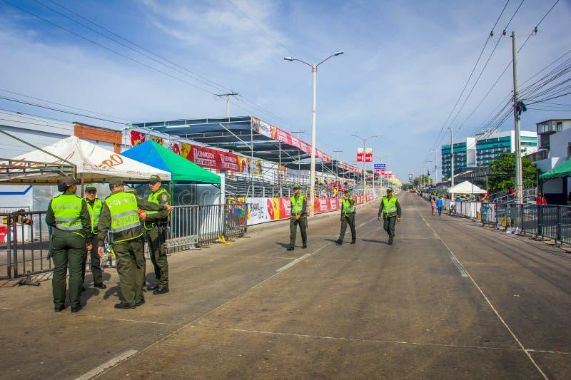 Polisen övervakar säkerheten i Colombia mest royaltyfri foto