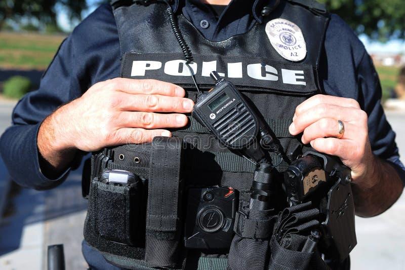 Polisen förkroppsligar västen arkivbilder