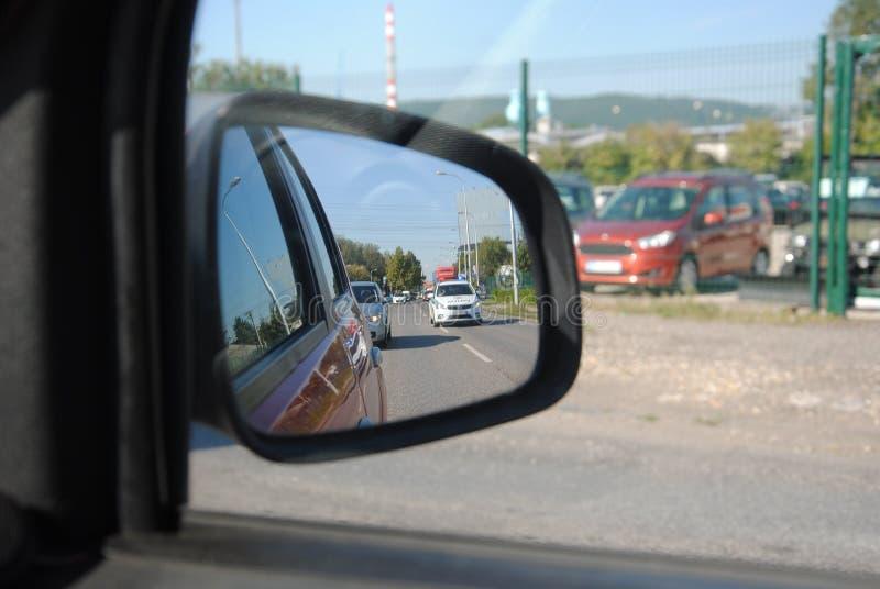 Polisen i spegel arkivbilder