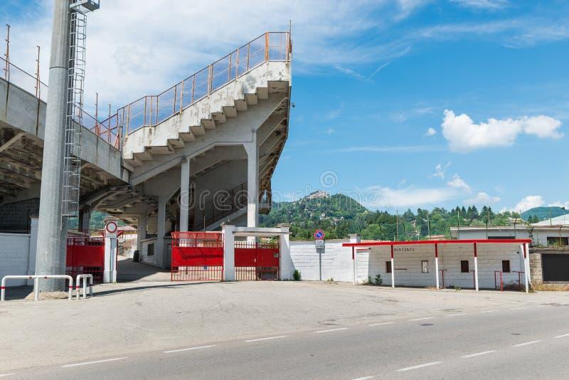 polisportivo体育场的入口和正面看台 免版税图库摄影
