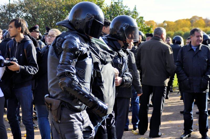 Politie in het werk van stock foto