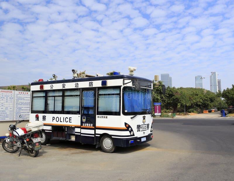 Politiebus en motocycle stock foto's