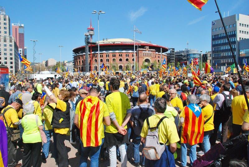 Politikdemonstrationszug Llibertat Presos, Barcelona lizenzfreie stockfotografie