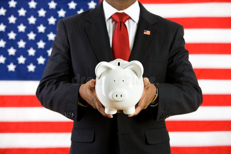 Politiker: Sparande pengar i en bank inför framtiden arkivfoto