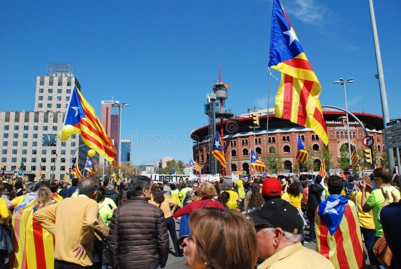 Politikprotest Llibertat Presos in Barcelona lizenzfreies stockbild