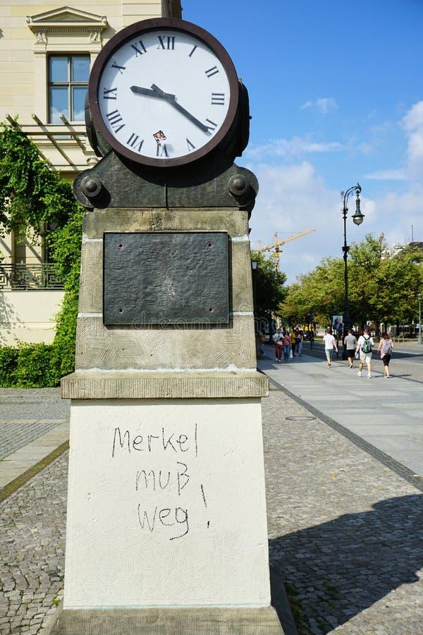 Politischer Kommentar ?ber Angela Merkel, deutschen Kanzler lizenzfreies stockfoto