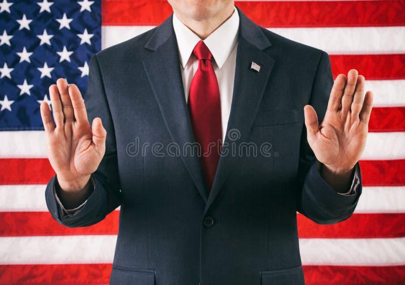 Polityk: Mężczyzna pozycja Z rękami W powietrzu fotografia stock