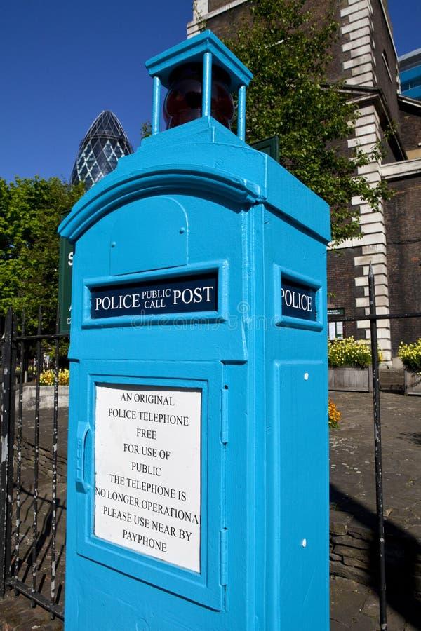 Polizei-allgemeiner Aufruf-Kasten in London stockbilder