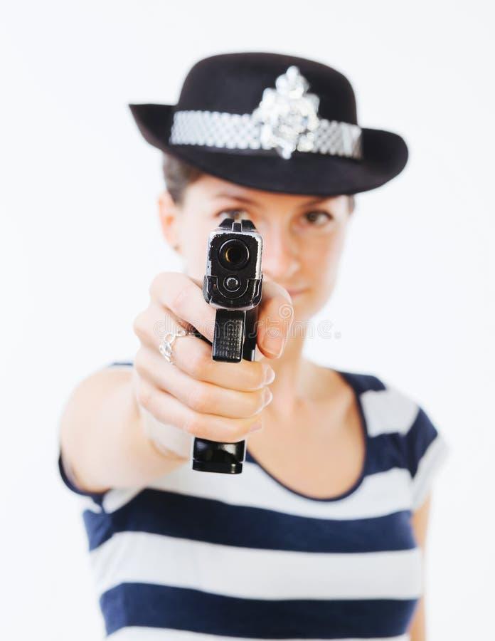 Polizeibeamtin mit Gewehr lizenzfreies stockfoto