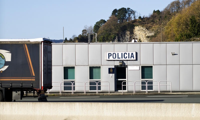 Polizeirevierverkehr und Leutesteuerung stockfoto
