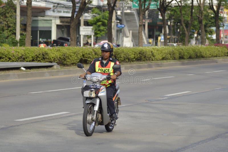 Polizia della strada sulla motocicletta fotografia stock libera da diritti