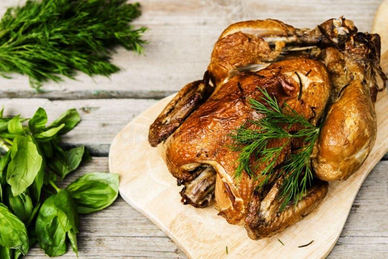 Pollo affumicato immagini stock