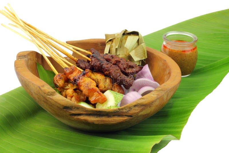 Pollo asado a la parrilla popular Satay de Malasia imagen de archivo