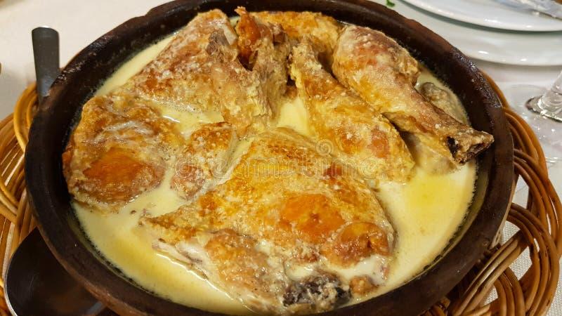 Pollo con salsa, Tbilisi, Georgia fotografia stock libera da diritti