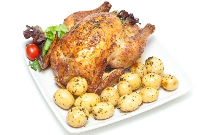 Pollo cotto con le verdure fotografie stock libere da diritti