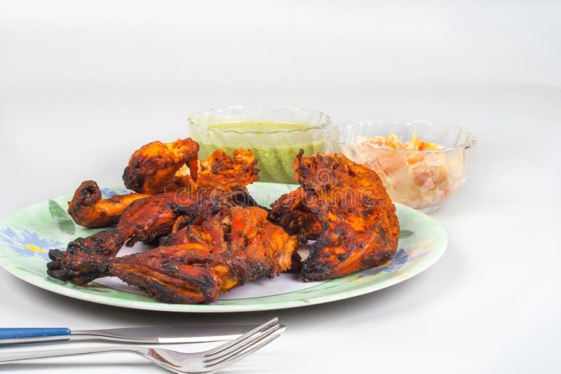 Pollo di Tandoori con chutney verde fotografia stock