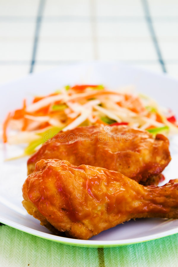 Pollo fritto con salsa immagini stock libere da diritti