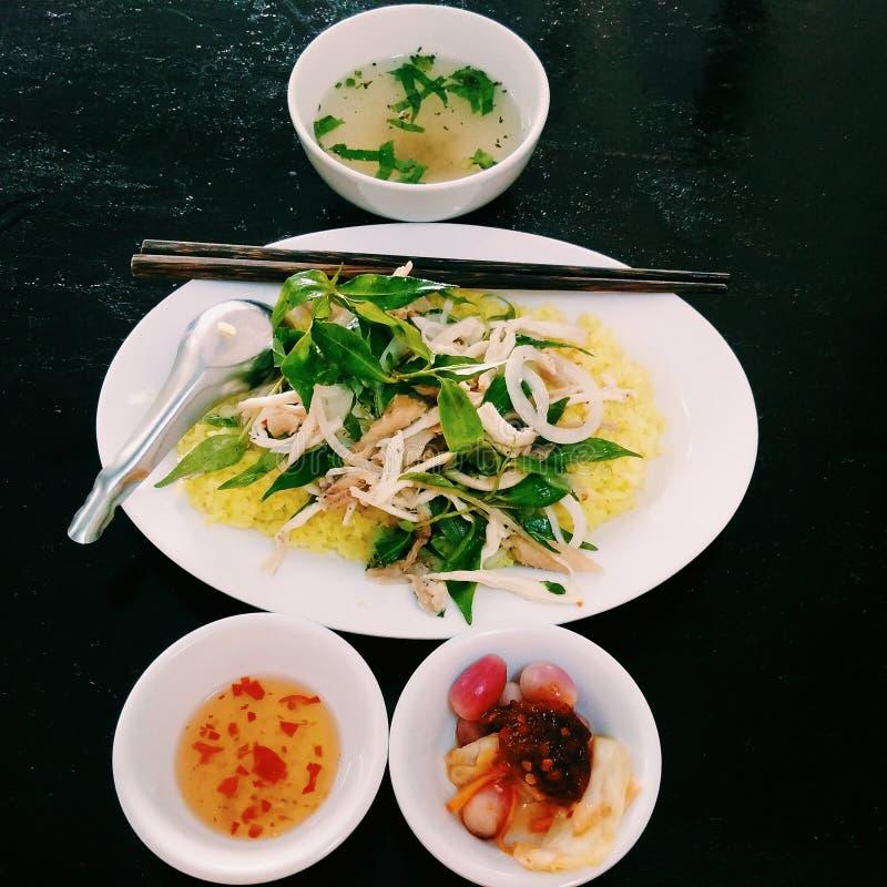 Pollo sauteed - gli alimenti asiatici tradizionali fotografia stock libera da diritti